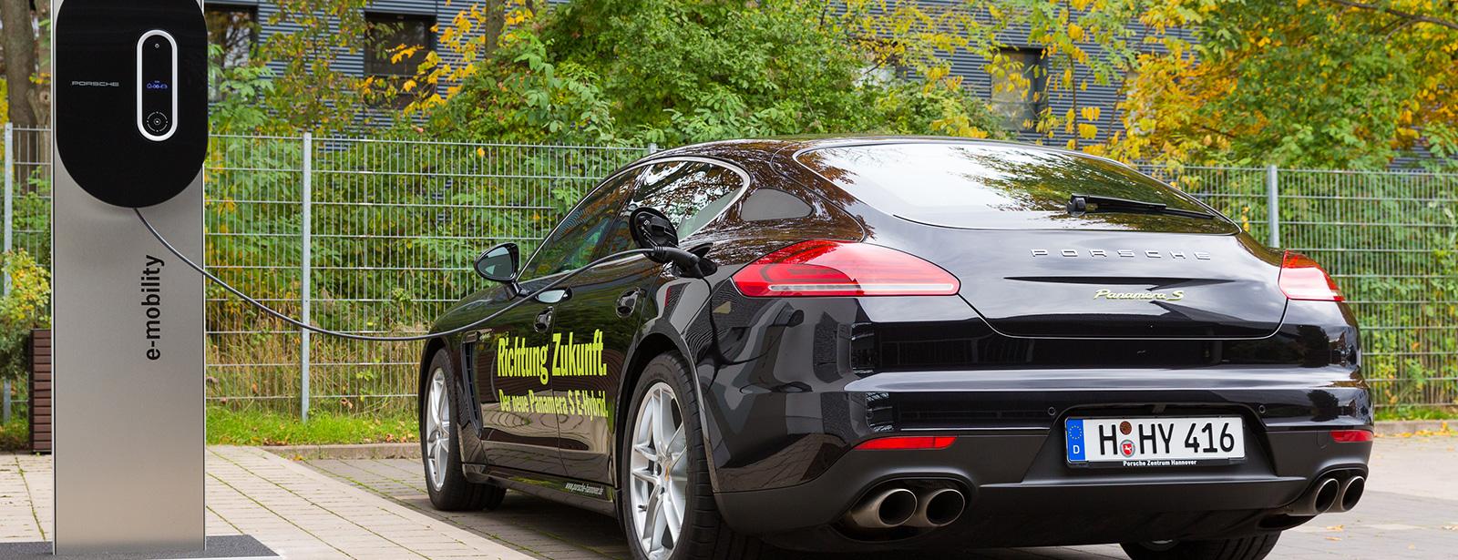 Porsche E-Mobility